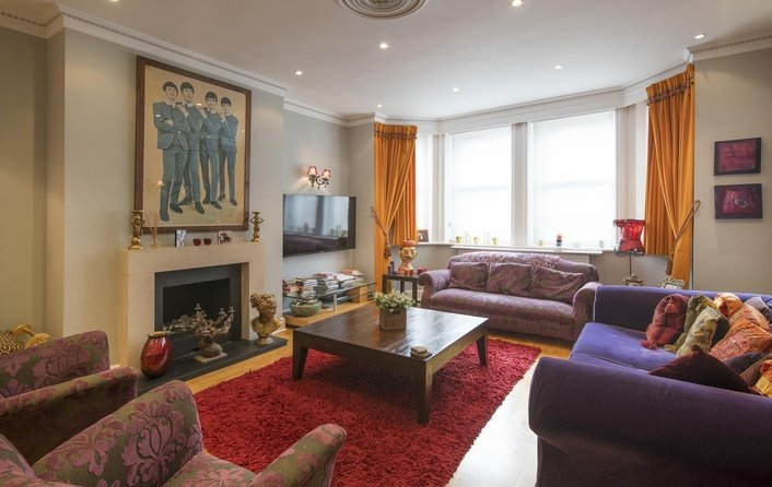 Flat for sale in Chesterford Gardens, Hampstead
