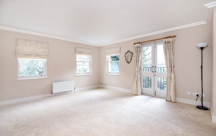 Flat for sale in Heath Place, Hampstead