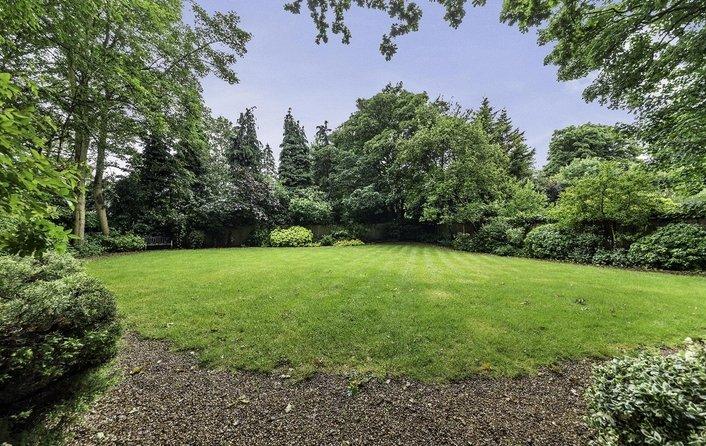 Flat for sale in Redington Road, Hampstead