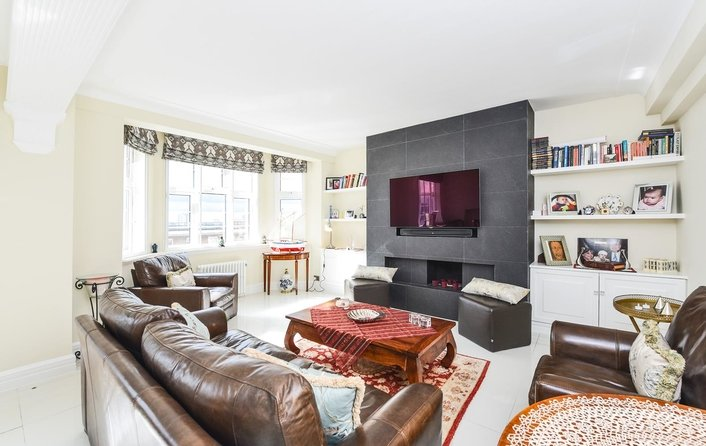 Property to rent in College Crescent, Swiss Cottage