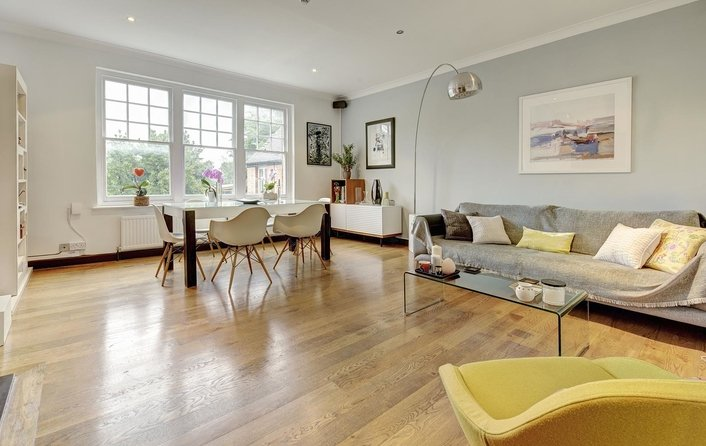 Flat to rent in Fitzjohns Avenue, Hampstead Village