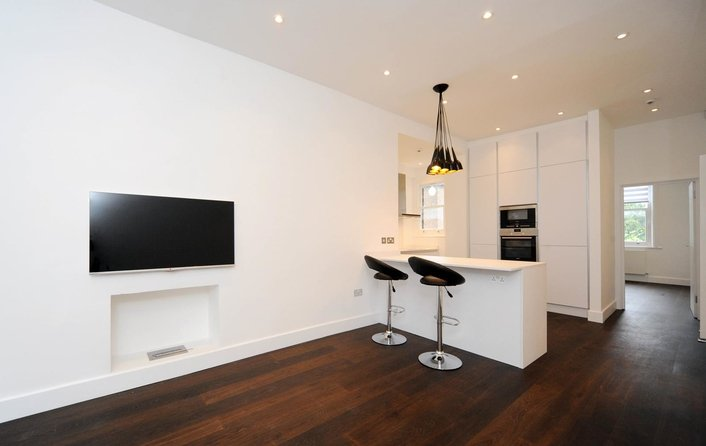 Flat to rent in Lancaster Grove, Belsize Park