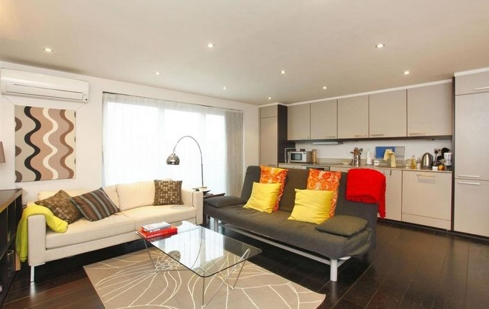 Property to rent in Loudoun Road, St. John's Wood