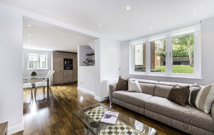 House to rent in Mulberry Close, Hampstead Village