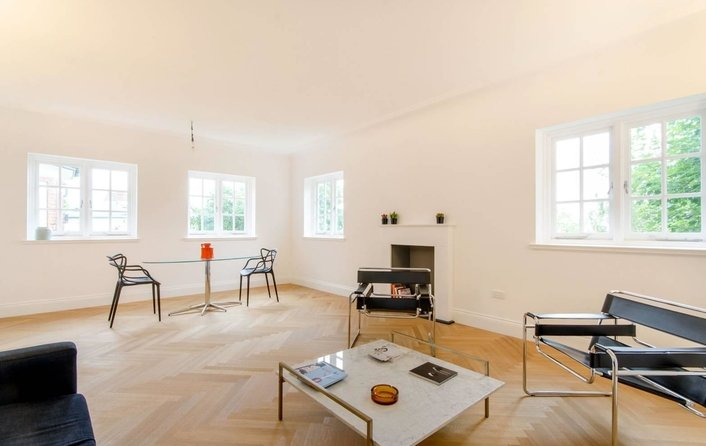 Flat to rent in Redington Road, Hampstead