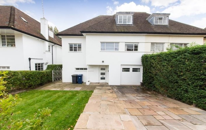 House to rent in Vivian Way, Hampstead Garden Suburb