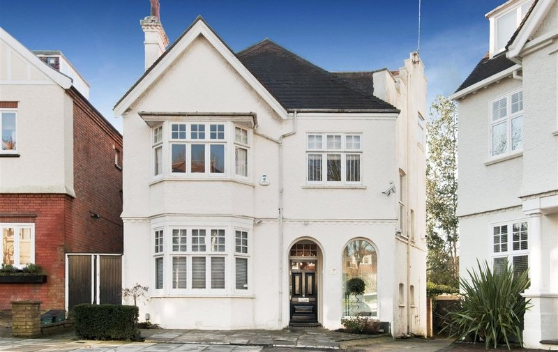 House for sale in Clorane Gardens, Hampstead