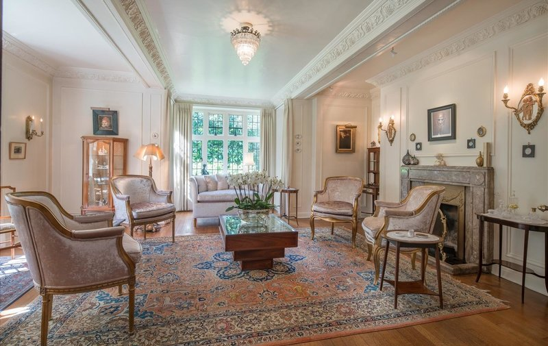House for sale in Constable Close, Hampstead Garden Suburb