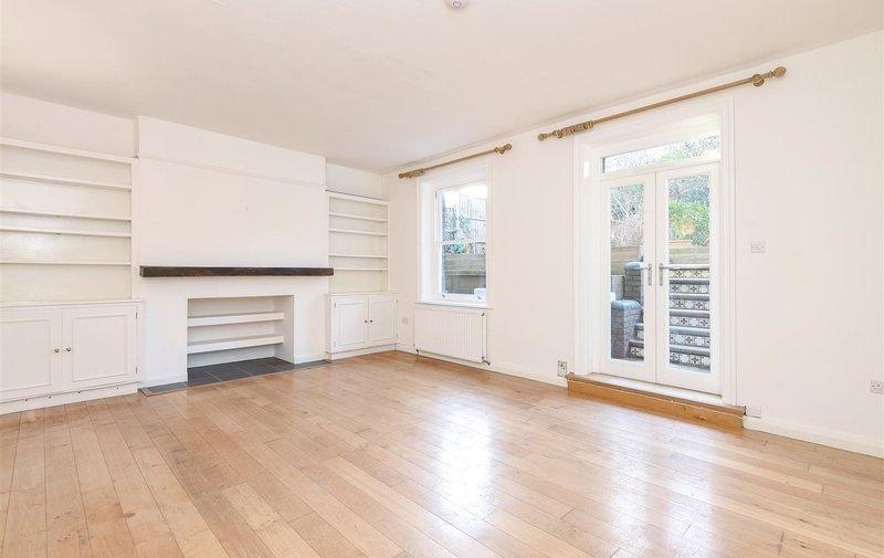 Flat for sale in Daleham Gardens, Belsize Park
