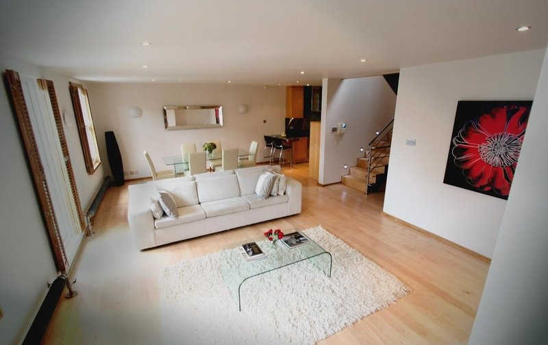 House for sale in Lambolle Place, Belsize Park