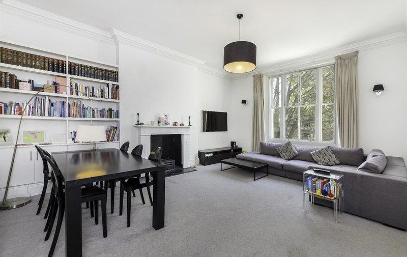 Flat for sale in Haverstock Hill, Belsize Park