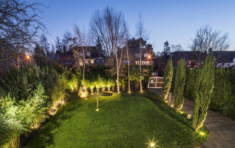 House for sale in Neville Drive, Hampstead Garden Suburb