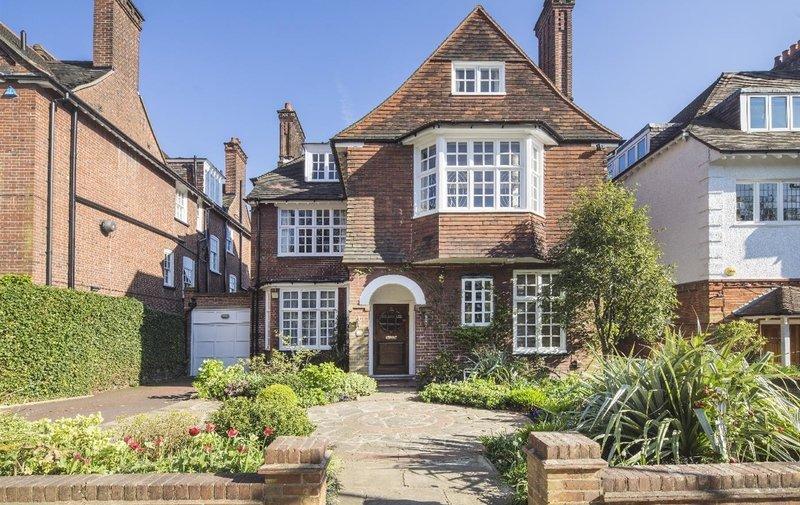 House for sale in Oakhill Avenue, Hampstead