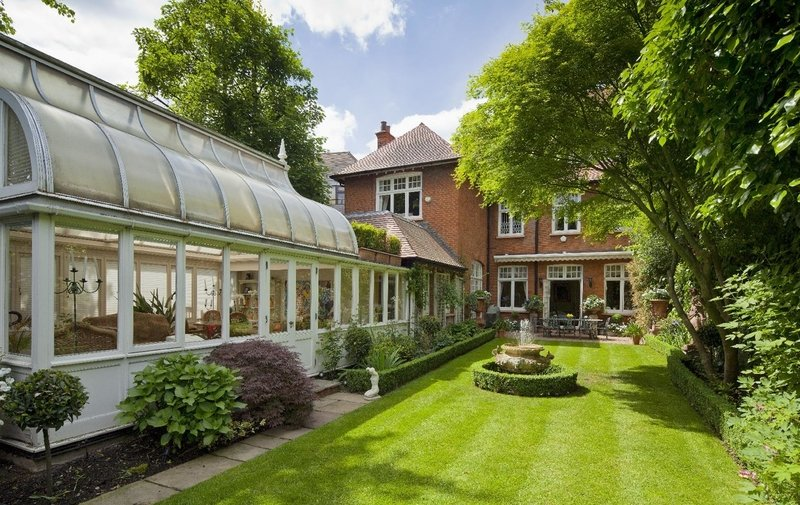 House for sale in Rosecroft Avenue, Hampstead