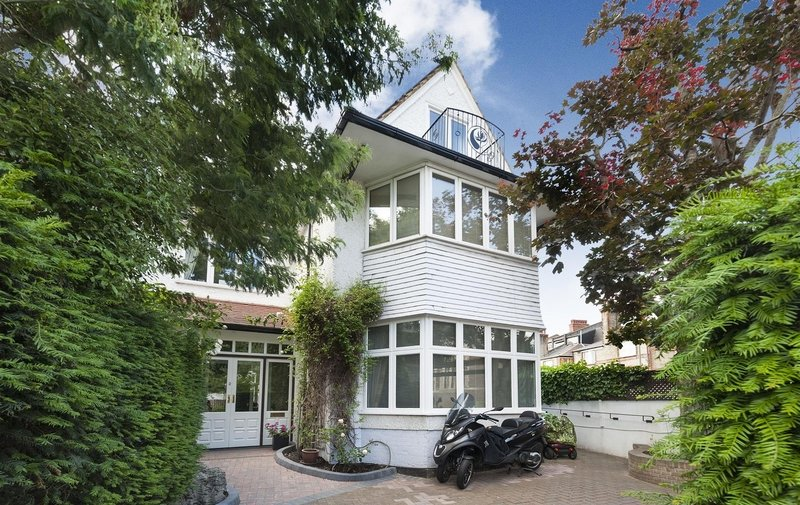 House for sale in West Heath Drive, Golders Green