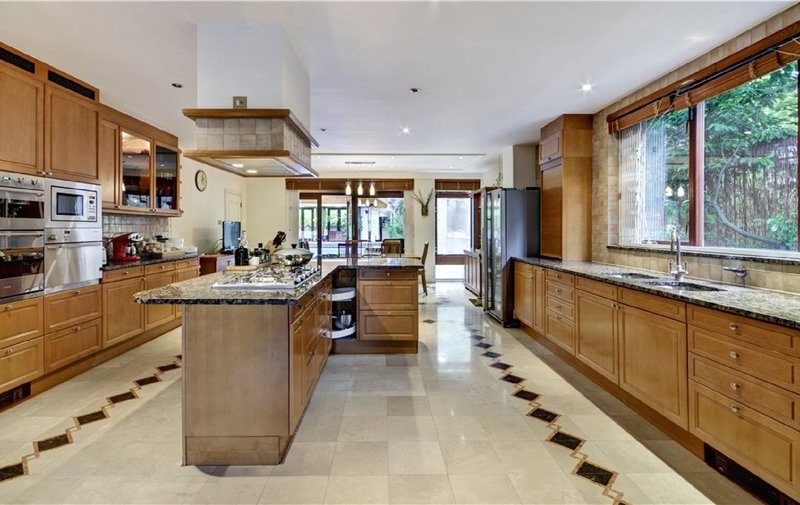 House for sale in Winnington Road, Hampstead Garden Suburb