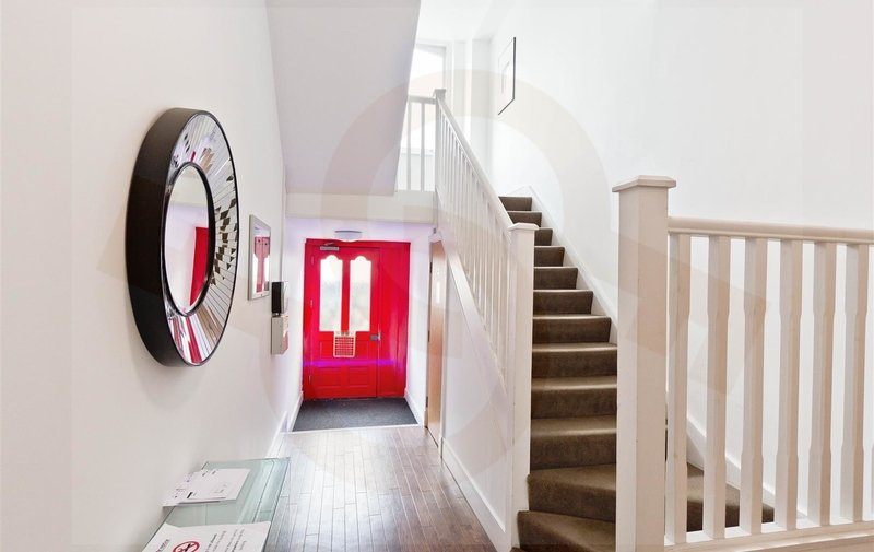 Property to rent in Finchley Road, Hampstead