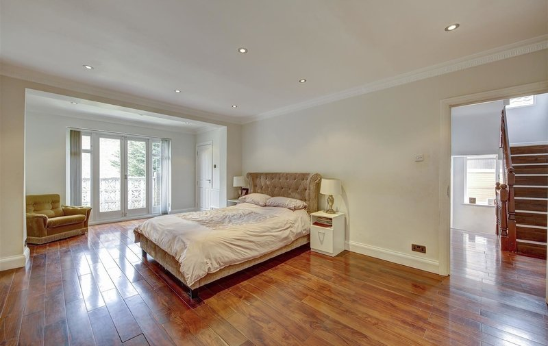 House to rent in Fitzalan Road, London