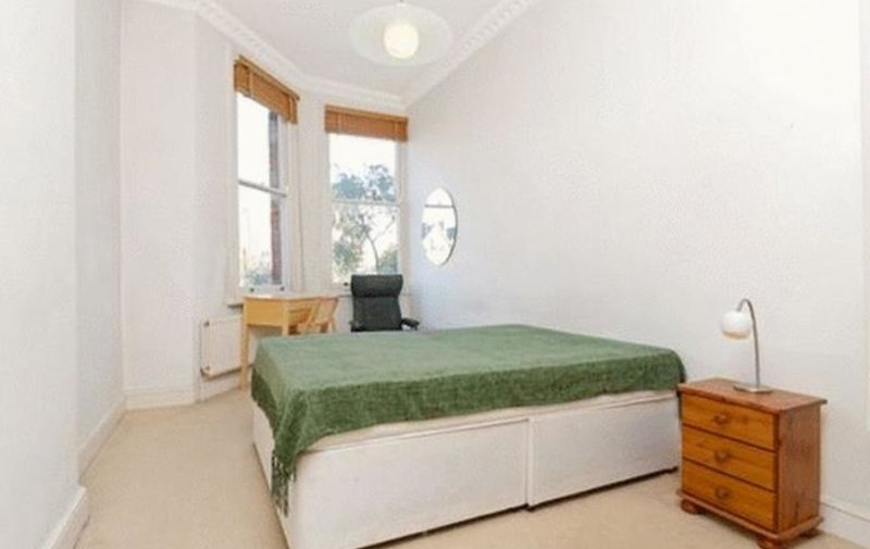 Flat to rent in Greencroft Gardens, South Hampstead