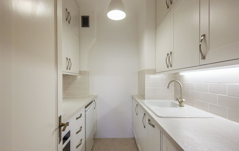 House to rent in Grove End Road, London