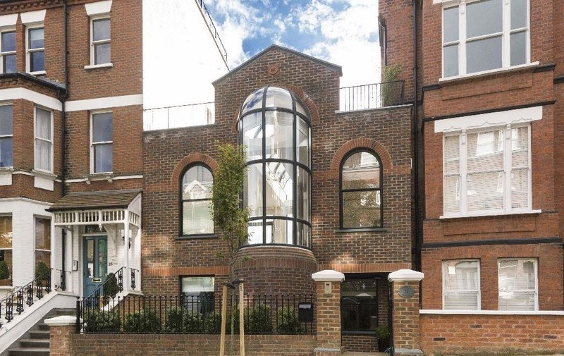 House to rent in Kemplay Road, Hampstead