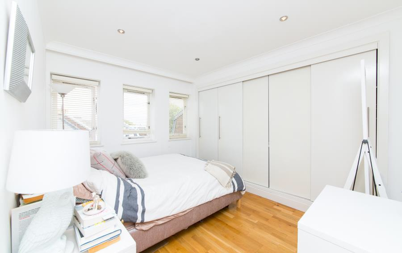 House to rent in Spencer Walk, Hampstead