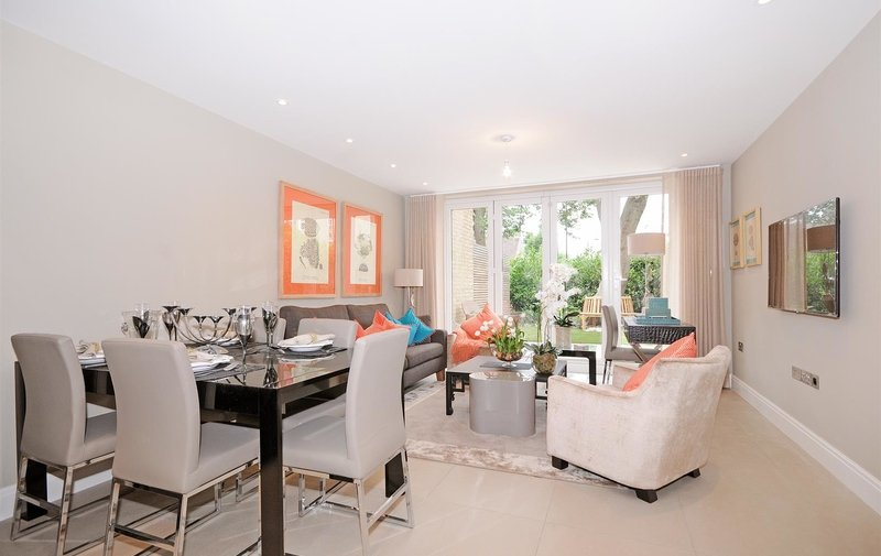 House to rent in St. Johns Wood Park, London