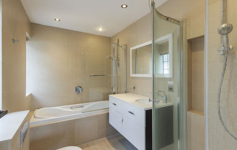 House to rent in Turner Close, Hampstead Garden Suburb