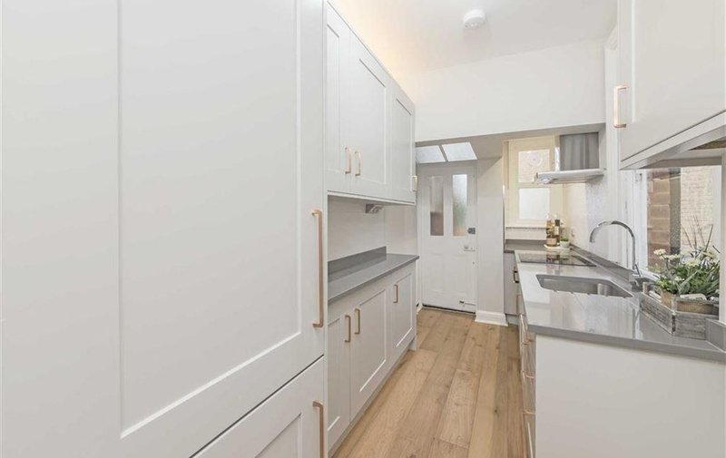 Property to rent in Vale Of Health, Hampstead