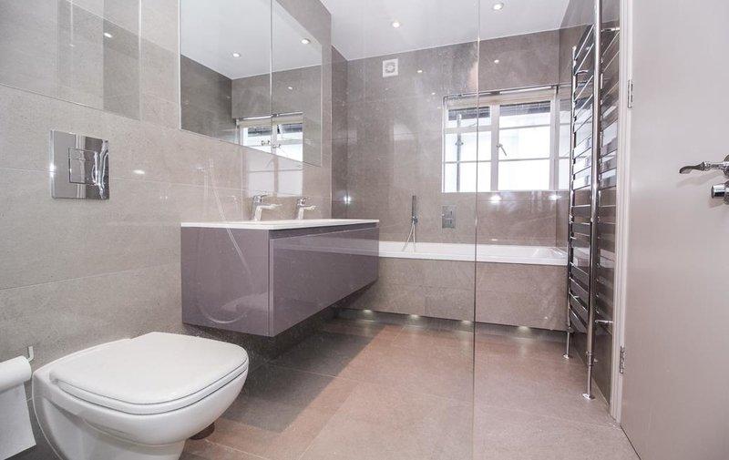 House to rent in Vivian Way, Hampstead Garden Suburb