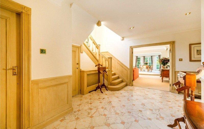 House to rent in Winnington Road, Hampstead Garden Suburb